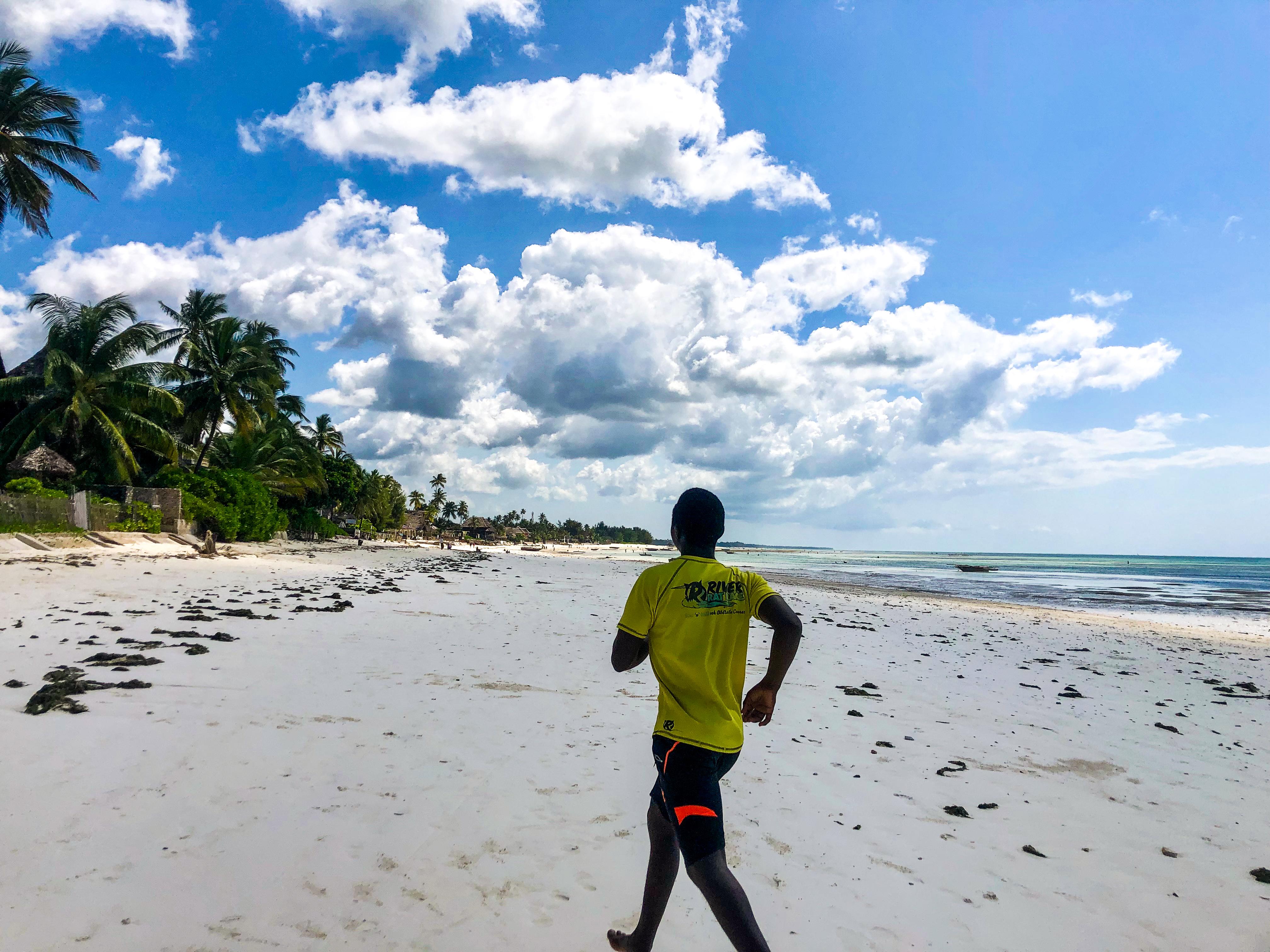 running-jambiani